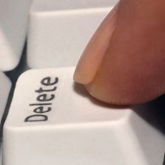 blog-delete-clutter-from-your-writing-365x365